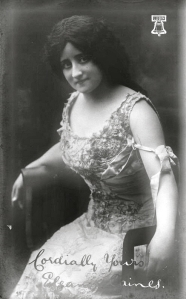 Eleanor Caines in 1910